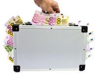 Investition & Koffer voller Geld