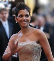 Halle Berry bei der Oscarverleihung 2011