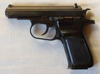 Beispiel der Tatwaffe, einer CZ 83 im Kaliber 7,65 mm, hier jedoch ohne Laufgewinde für einen Schalldämpfer. Bild: Jan Hrdonka / wikipedia.org