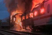 Brennender ICE der Deutschen Bahn AG: Offenbar gab es Anweisungen Schutzrelais illegal zu überbrücken.