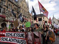 Auch in zehn deutschen Städten: Weltweite Demonstrationen für die Schließung aller Schlachthäuser (2018)