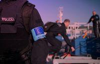 Polizei als Frontex Truppe. Wer hat den Oberbefehl über sie? (Symbolbild)