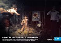 Dieses PETA-Motiv mit Anja Zeidler darf in der Schweiz nicht plakatiert werden. Bild: Brandertainment Fotograf: PETA Deutschland e.V.