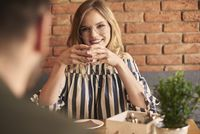 Emma Hathorn von Seeking.com verrät 6 Tipps für das erste Treffen mit einem Online-Date
