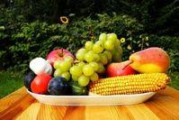 Der Schlüssel für gutes Aussehen und Gesundheit heißt Obst und Gemüse. Bild: pixelio.de/Tollas