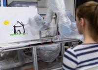 Im Labor: Roboterarm malt Landschaftsbild. Bild: imperial.ac.uk