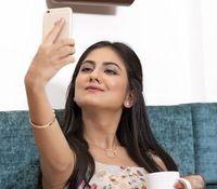 Selfie: Influencer bald 15 Mrd. Dollar wert.