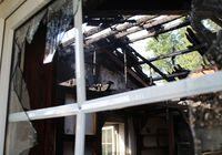 Die Halle wurde durch den Brand erheblich in Mitleidenschaft gezogen. Bild: Polizei Minden-Lübbecke