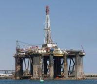 Erdöl-Förderung: wird im Iran seltener. Bild: pixelio.de, Dieter Schütz