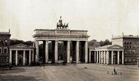 Das Brandenburger Tor im Königreich Preußen, um 1855