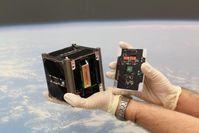 Der Würzburger Uni-Satellit UWE-3 hat ein handliches Format. Quelle: (Foto: Lehrstuhl für Informatik VII) (idw)