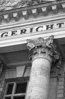 Gericht: Millionenklage gegen HVB (Foto: pixelio.de/Michael Grabscheit)