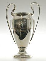 Die Trophäe der UEFA Champions League