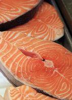 Küchenfertiger Lachs Bild: LFL16 / de.wikipedia.org