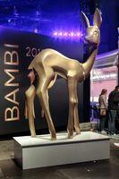 Statue bei der Bambi-Verleihung in Berlin, 2013