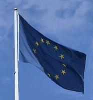 EU-Fahne: DSGVO fordert Initiative. Bild: Stephanie Hofschlaeger, pixelio.de