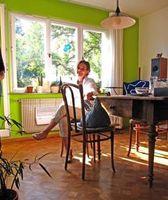 Wohnzimmer: Fenster werden über Wi-Fi matt. Bild: pixelio.de, Sturm