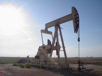 Tiefpumpe für die Ölförderung an einer Ölquelle (Symbolbild)