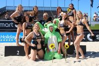 Immer dabei: Die Smart-Beach-Girls, ExtremNews (Karl 'Kalli' Koch) und die grünen Bären von Osnabrück (Manuel und Christian). Bild: ExtremNews - Karl Koch