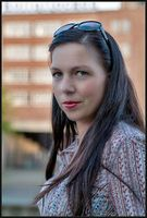 Frau: Normalgewichtige wirken am attraktivsten. Bild: pixelio.de, Ich-und-Du
