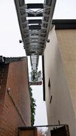 Katzenrettung - Der Leiterpark zwischen den Häusern Bild: Feuerwehr Celle