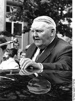 Ludwig Wilhelm Erhard Bild: Deutsches Bundesarchiv (German Federal Archive), B 145 Bild-F022484-0016