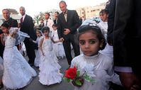 Kinderehe und Kinderheirat = Legalisierter Kindesmissbrauch (Symbolbild)