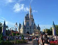 Disneyland: 32.000 Angestellte müssen gehen.