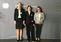 von links: Dr. Davina Bruhn (Deutsche Juristische Gesellschaft für Tierschutzrecht) Dr. Corina Gericke (Ärzte gegen Tierversuche) Dr. Cristeta Brause (TASSO)