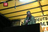 "Bild: Screenshot Youtube Video ""02.11.2015 PEGIDA Dresden Abendspaziergang"""