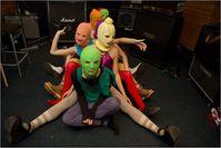Pussy Riot bei einer künstlerischen Aktion