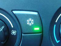 manueller Schalter für eine Klimaanlage (BMW)