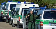 """Polizeirazzia bei der Glaubensgemeinschaft """"Zwölf Stämme"""" im bayrischen Nördlingen. Bild: FOREF Forum für Religionsfreiheit Europa"""