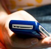 Handy: SMS hat viele UK-Bürger überrascht. Bild: pixelio.de, V. Schwabenland