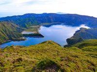 Vulkansee auf den Azoren als Lithium-Quelle. Bild: Wolfgang Resmer, pixelio.de