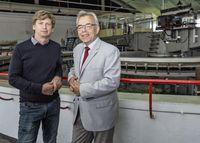 Professor Sascha Kosleck (l.) hat den Lehrstuhl für Professor Mathias Paschen übernommen. Quelle: (Foto: Universität Rostock/Thomas Rahr). (idw)