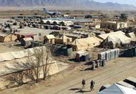 Zu Beginn waren die Soldaten überwiegend in Zelten einquartiert(September 2002)