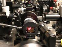 Photonen-Laser: zukünftige Quelle für IT-Sicherheit.