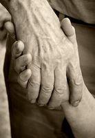 Alzheimer: Drastischer Anstieg in den USA. Bild: pixelio.de, Helene Souza