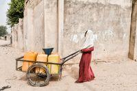 Mädchen und Frauen fühlen sich auf Nigerias Straßen nicht sicher. Bild:     SOS-Kinderdörfer weltweit
