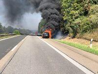 Brennender PKW Bild: Polizei