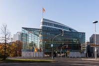 Das Konrad-Adenauer-Haus ist die Bundesgeschäftsstelle der CDU im Ortsteil Tiergarten im Berliner Bezirk Mitte.