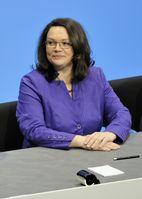 Andrea Nahles bei der Unterzeichnung des Koalitionsvertrages der 18. Wahlperiode des Bundestages (2013)