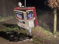Beschädigter Zigarettenautomat Bild: Polizei