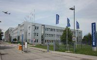 Gebäude der DFS am Flughafen München. Bild: Sopwith12 / wikipedia.org