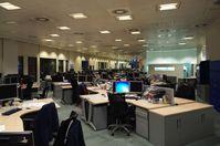 Ein offenes leeres Großraumbüro: Die Bundesregierung plant Chaos durch den Brexit absichtlich ein? (Symbolbild)