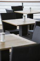Ansprechendes Außenmobiliar ist für viele Kunden ein Anreiz, um einen Gastbetrieb zu besuchen. (c) obs/AXA Konzern AG