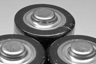 Batterien: Neuer Akku heilt sich selbst. Bild: pixelio.de, androm31