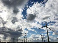 """Mit der Energiewende nahm die Infraschall-Belastung aus Windenergie-Anlagen zu. Bild: """"obs/ZDF/Birgit Hermes"""""""