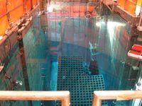 Fast leerer Brennelementlagerkasten im Abklingbecken des italienischen Kernkraftwerks Caorso